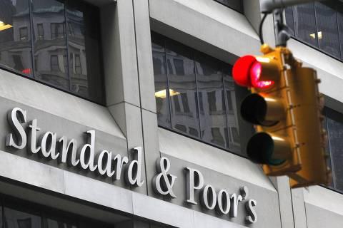 S&P eleva perspectiva para a nota de crédito do Brasil