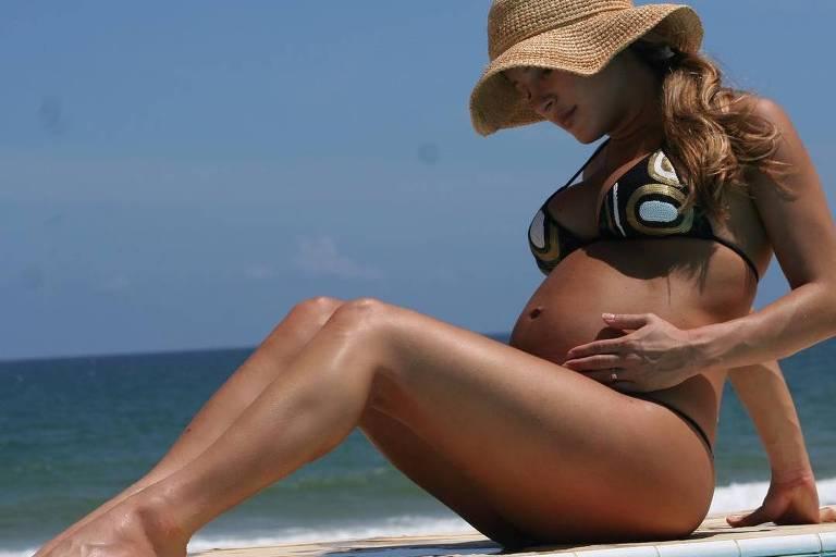 Claudia Leitte está grávida do terceiro filho
