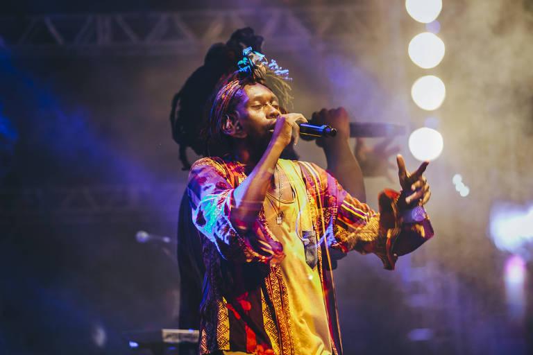O rapper Rincon Sapiência participa de palestra na feira Pretas Potências
