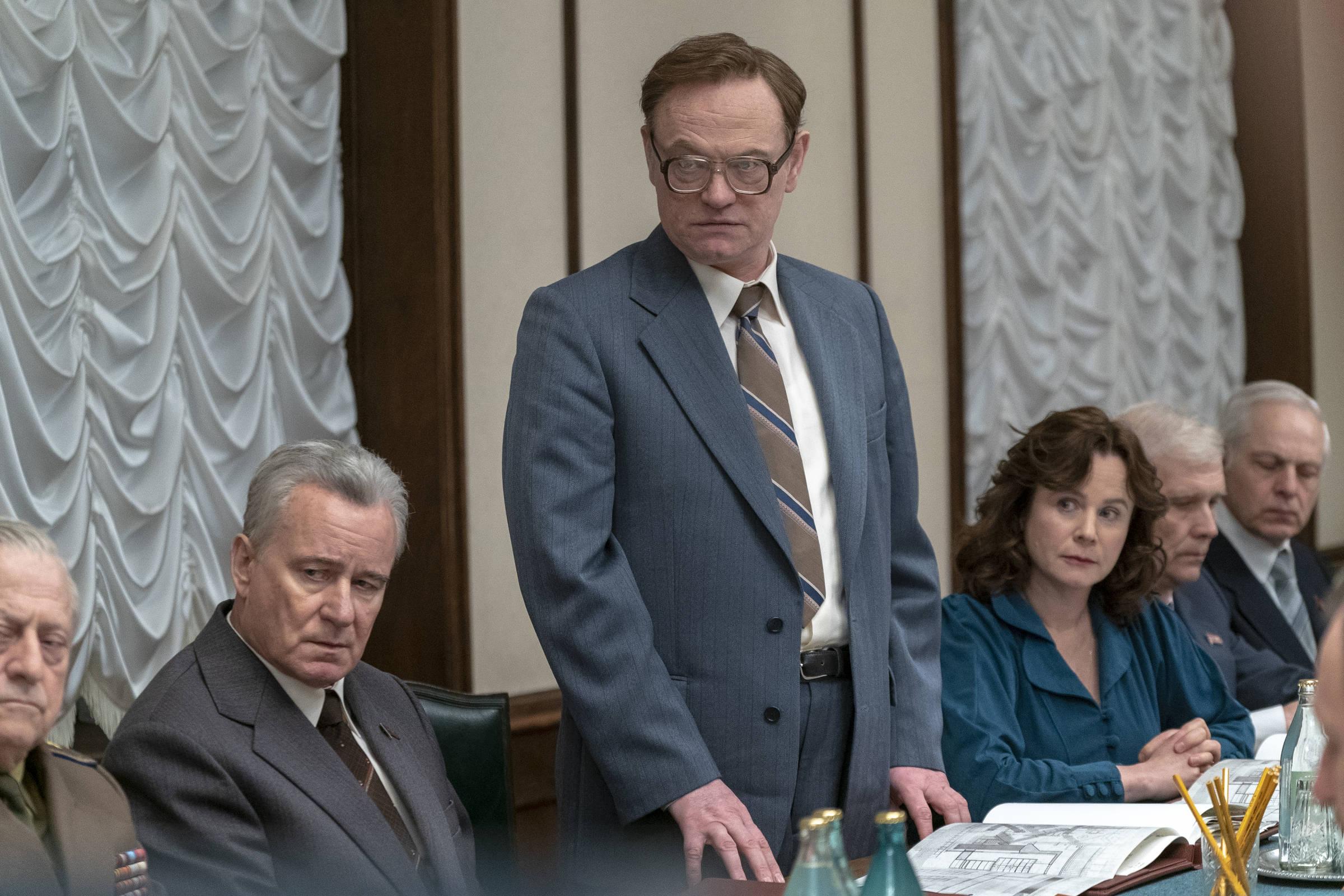 Resultado de imagem para 'Chernobyl' propaga desinformação científica, diz físico