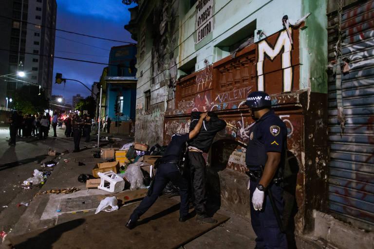 Morre mulher baleada na cabeça durante confronto na cracolândia, em SP