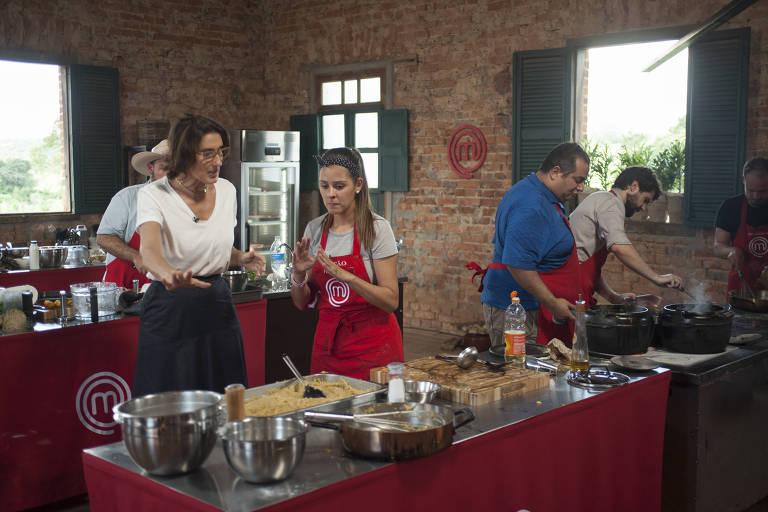Participantes do MasterChef têm de cozinhar contra o tempo