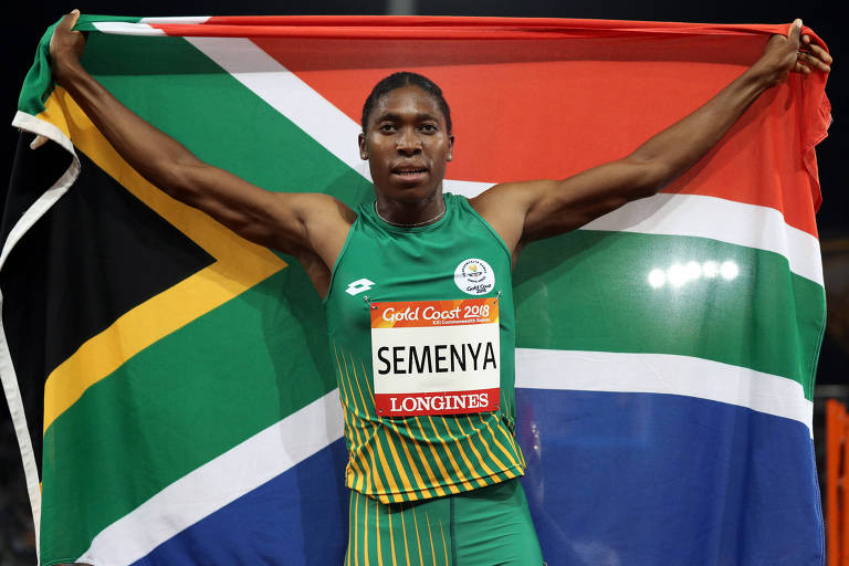 Semenya comemora vitória na final dos 800m dos Commonwealth Games de 2018, na Austrália