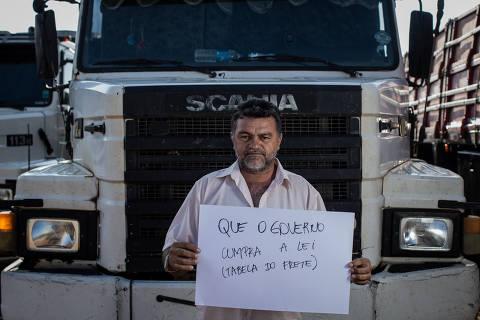 Em ligação a caminhoneiro, ministro diz que tabela fica suspensa até que haja consenso