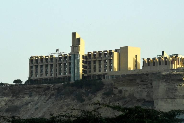 Fachada do hotel cinco estrelas Pearl Continental, localizado na cidade paquistanesa de Gwadar