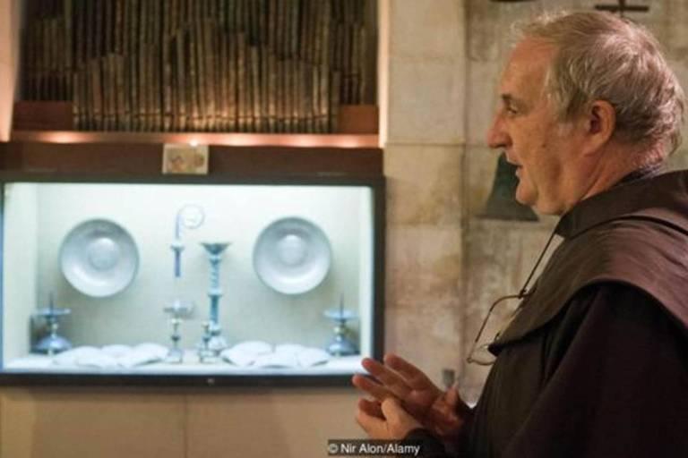 """Reverendo Eugenio Alliata: """"Você tem que saber sobre o dia a dia da época para realmente entender Jesus, para entender as parábolas"""""""
