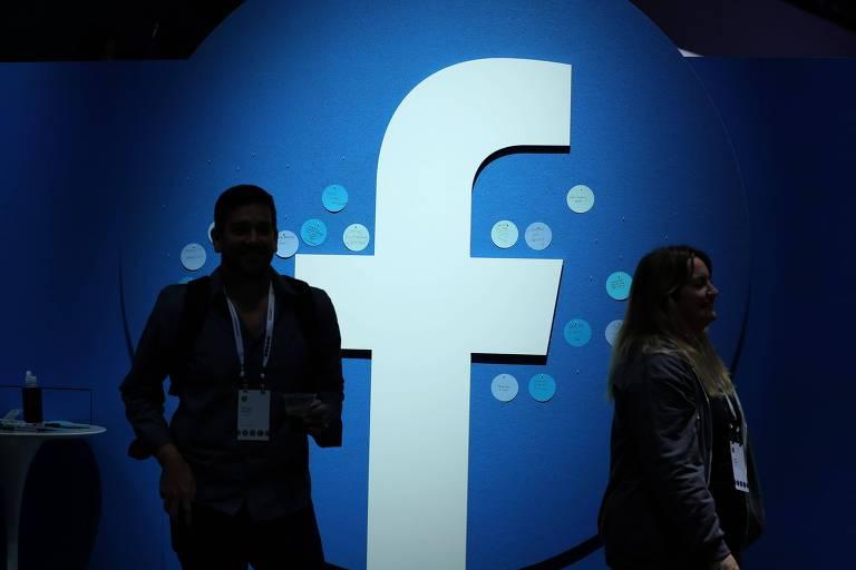Logo do Facebook é mostrado durante evento da empresa em San Jose, na Califórnia