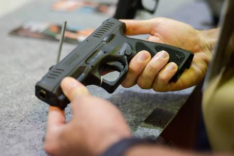 Sob Bolsonaro, importação de armas é maior da história