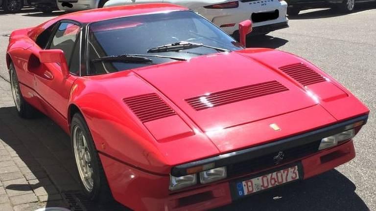 Ferrari roubada em test drive, em uma foto fornecida pela polícia alemã