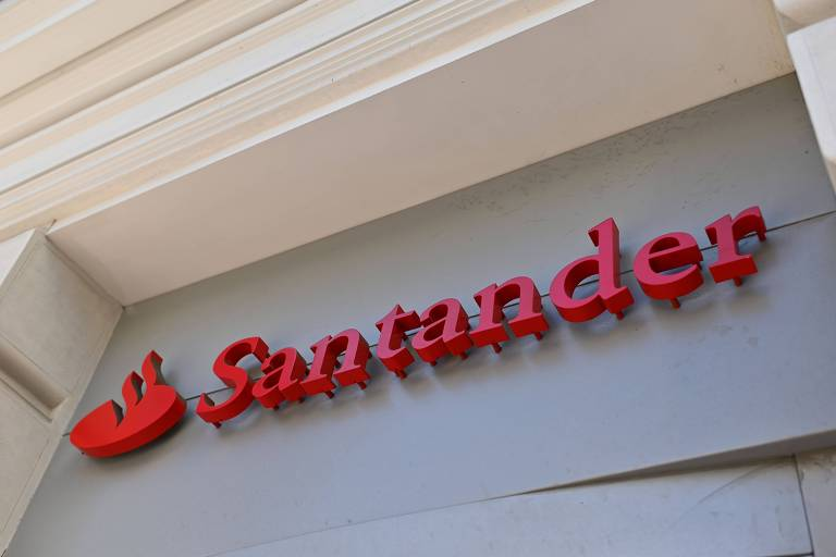 Banco espanhol planeja cortar mais de 3,7 mil empregos na Espanha