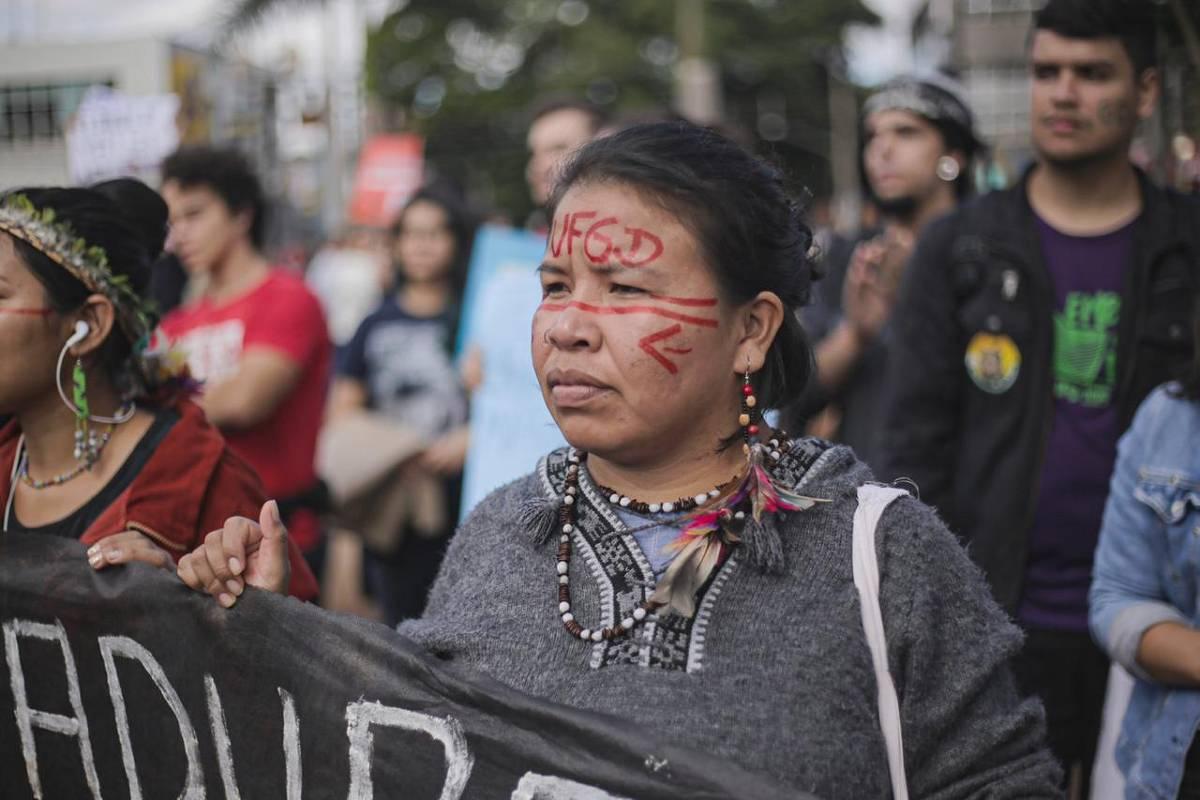 Leitores da Folha relatam protestos pela educação em ao menos 120 cidades