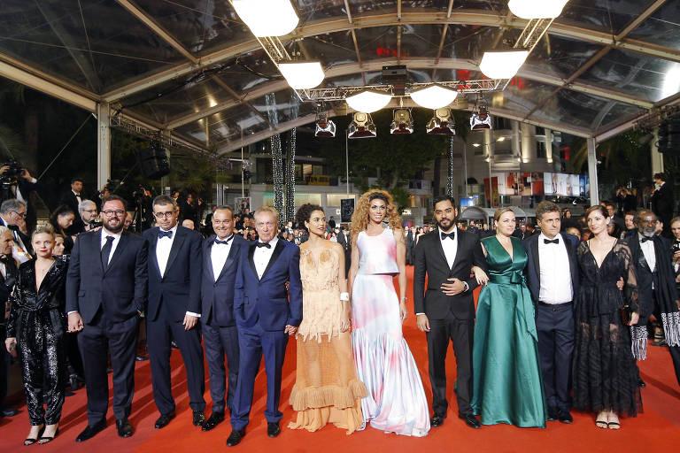 Sem protesto e sem Sonia Braga, Kleber Mendonça exibe 'Bacurau' em Cannes