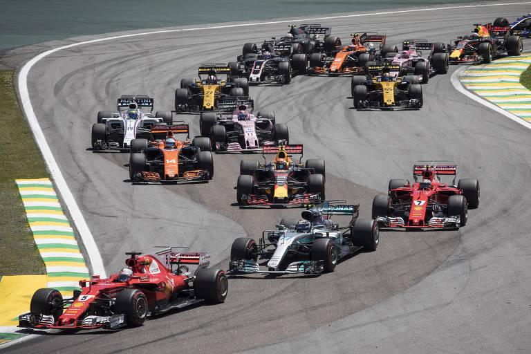 Largada do GP Brasil de 2017 em Interlagos