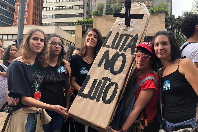 9 frases marcantes nos protestos pela educação