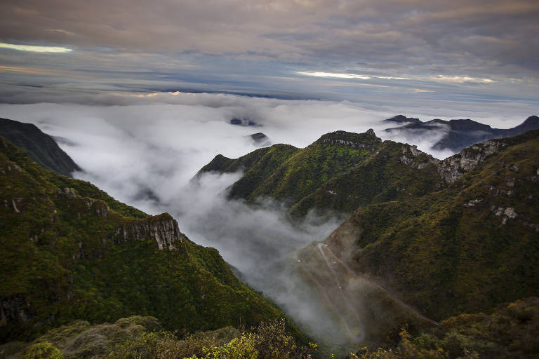 Curvas na Serra do Rio do Rastro, em Santa Catarina