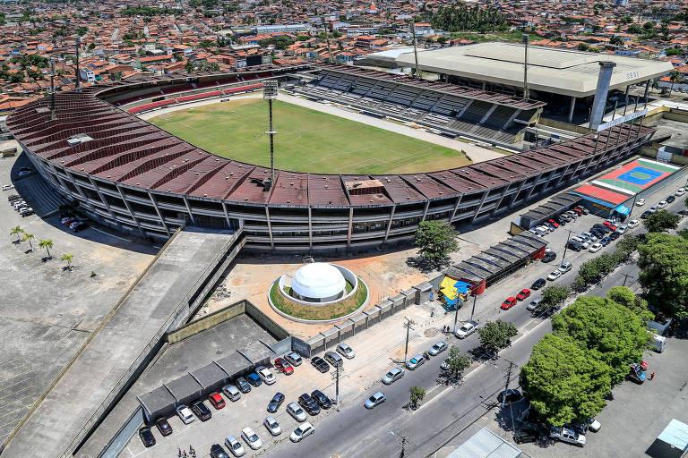 Único estádio do Brasil a homenagear Pelé pode virar 'Rainha Marta'