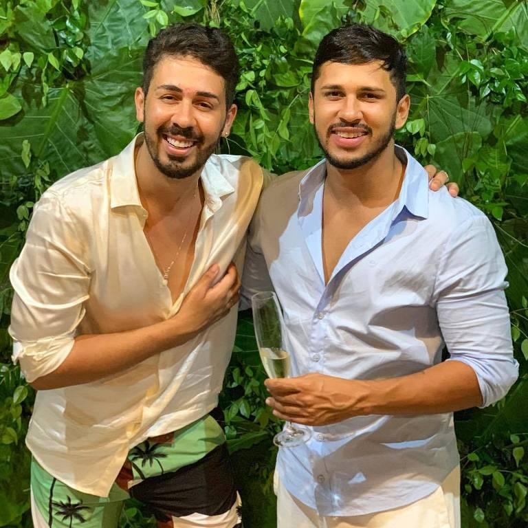 Carlinhos Maia e o namorado Lucas Guimarães