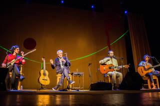Show Caetano Veloso e Filhos Ofertório