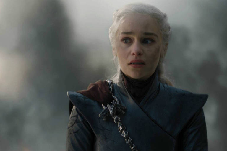 "Emilia Clarke no quinto episódio da última temporada de ""Game of Thrones"""