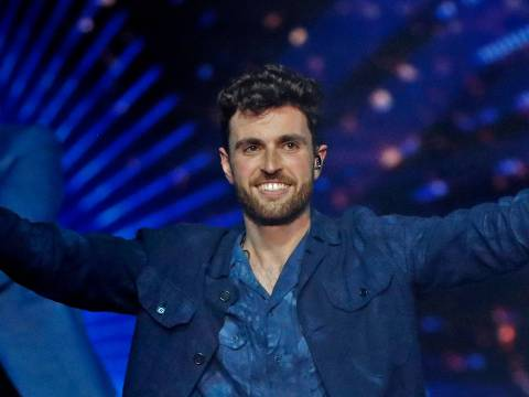 TOPSHOT - Netherlands' Duncan Laurence celebrates after winning the 64th edition of the Eurovision Song Contest 2019 at Expo Tel Aviv on May 19, 2019, in the Israeli coastal city. (Photo by Jack GUEZ / AFP)