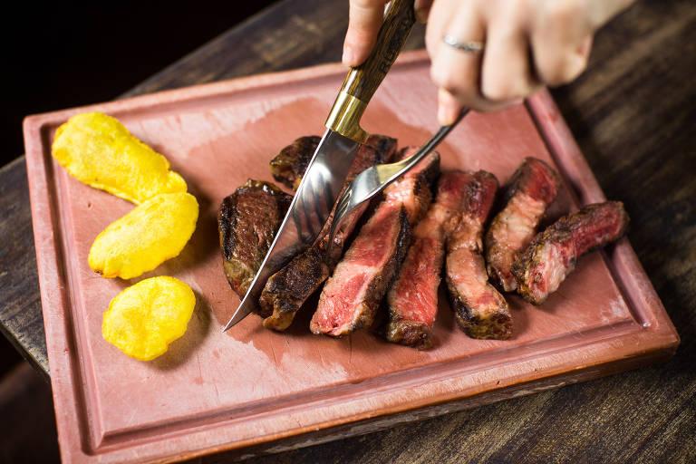 Foto do Kobe Beef. Carne macia e mais saborosa da raça japonesa Wagyu –