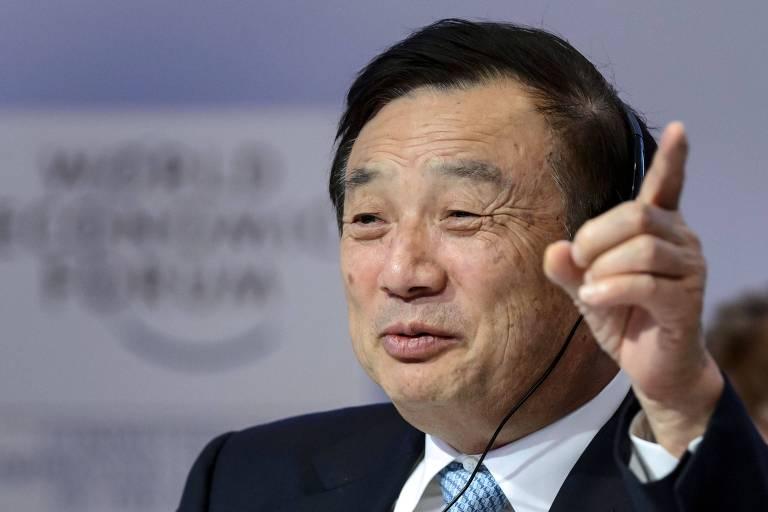 O fundador da Huawei, Ren Zhengfei, durante encontro em Davos em 2015