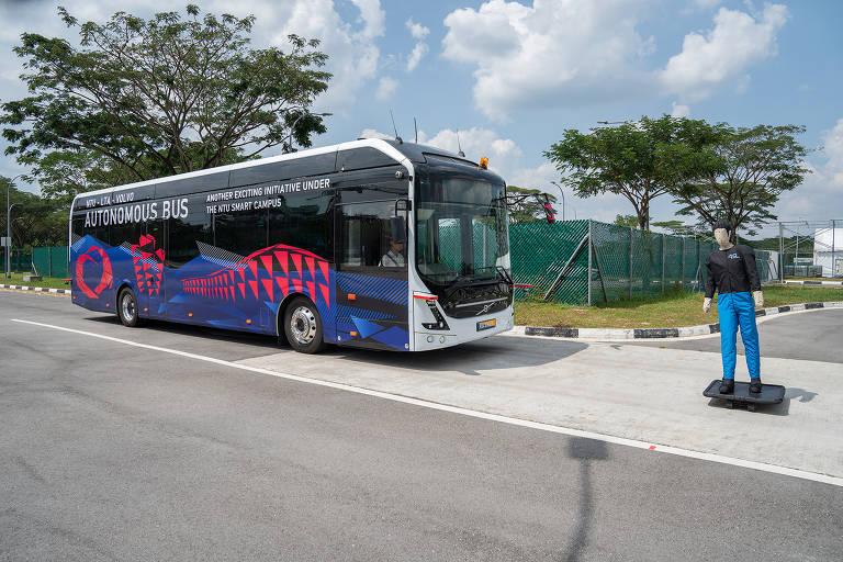 Ônibus autônomos pelo mundo