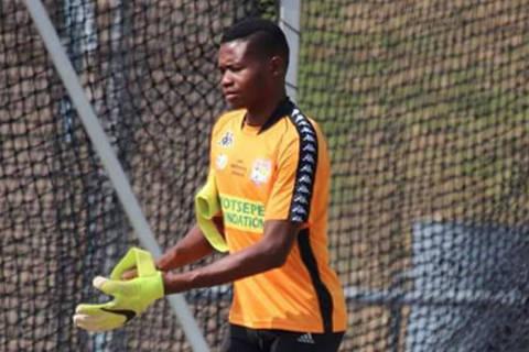 Phuti Lekoloane goleiro sul-africano se declarou homossexual Crédito: reprodução no instagram / @LekoloaneP