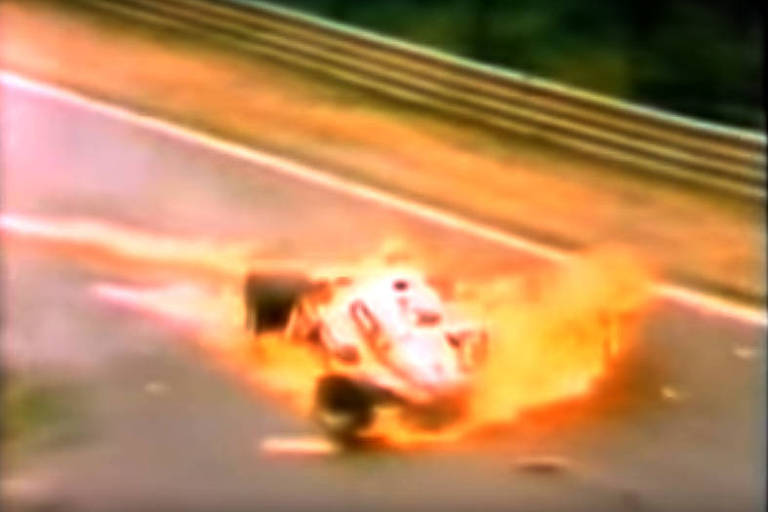 Acidente com o piloto Niki Lauda em agosto de 1976