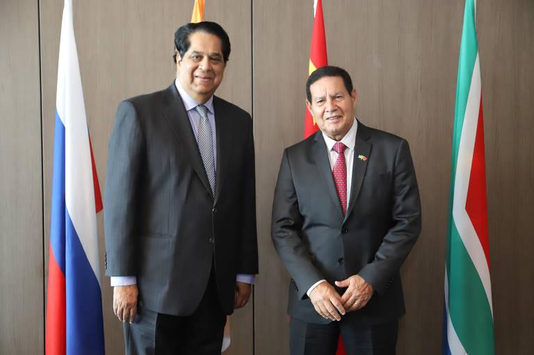 O vice-presidente da República, Hamilton Mourão, durante encontro com a diretoria do Novo Banco de Desenvolvimento (NDB)