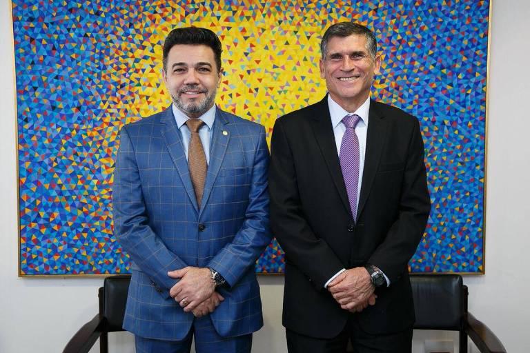 O deputado Pastor Marco Feliciano (Podemos) e o ministro Santos Cruz (Secretaria de Governo) durante encontro nesta terça-feira (21)