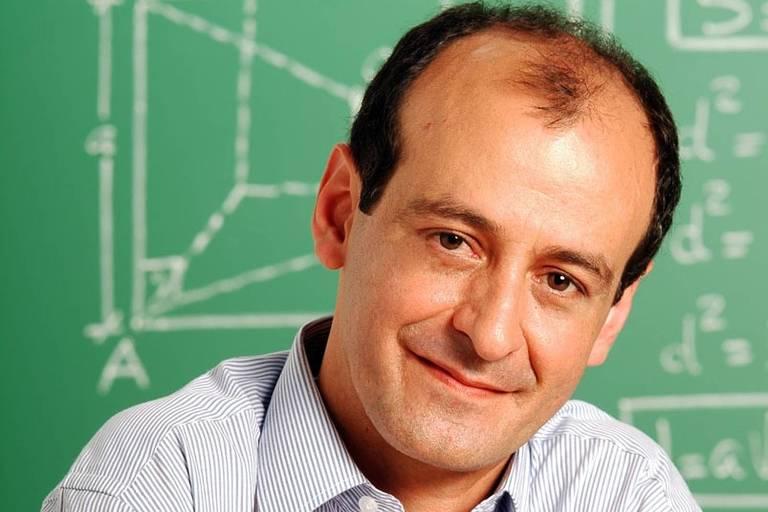 Professor José Carlos da Silva Ribeiro morreu aos 60 anos em Curitiba