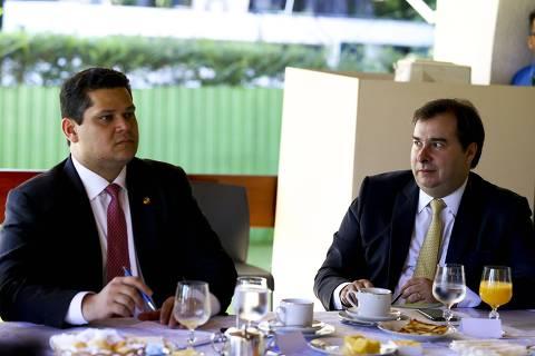 DEM se reúne para discutir ataques ao Congresso e ao STF