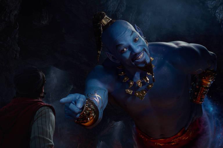 Mena Massoud e Will Smith em cena de 'Aladdin'