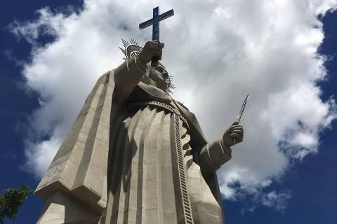 Imagem de Santa Rita de Cássia erguida no interior do Rio Grande do Norte