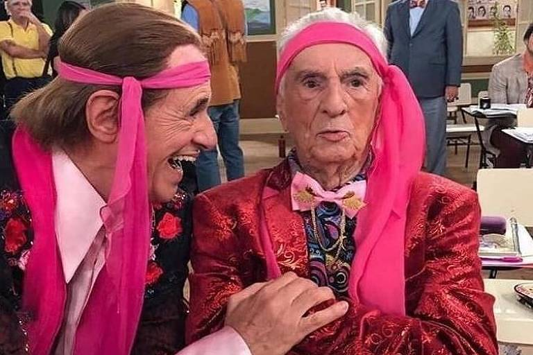 Orlando Drummond e Marcos Caruso interpretam Seu Peru