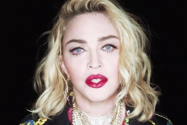 Madonna no clipe de Crave, do álbum Madame X