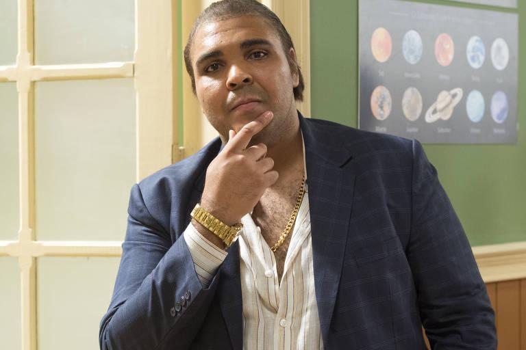 Paulo Vieira, ex-programa do Porchat, na nova Escolinha
