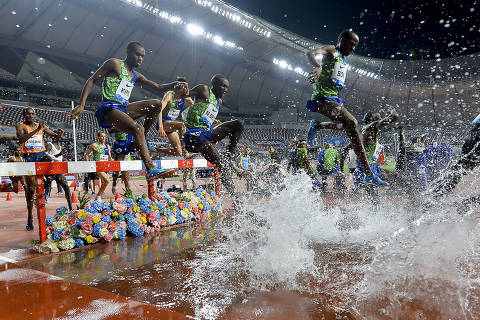 (190504) -- DOHA, May 4, 2019 (Xinhua) -- Athletes compete during the men's 3000m steeplechase final at 2019 IAAF Diamond League at Khalifa International Stadium in Doha, Qatar, May 3, 2019. Soufiane El-Bakkali won the gold medal with 8 minutes and 7.22 seconds. (Xinhua/Nikku)