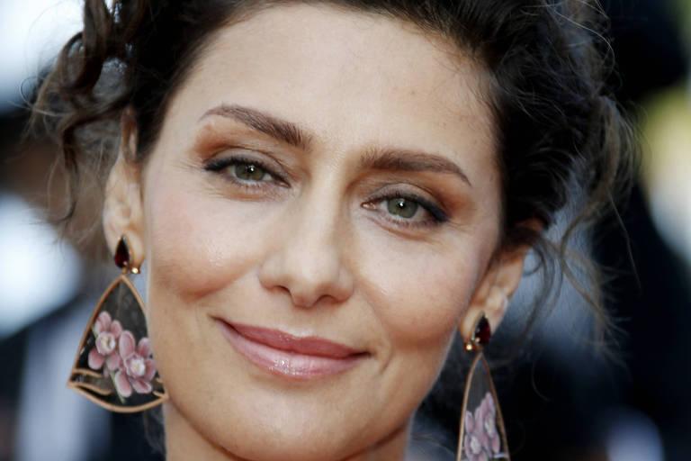 Maria Fernanda Cândido rouba a cena em tapete vermelho de Cannes