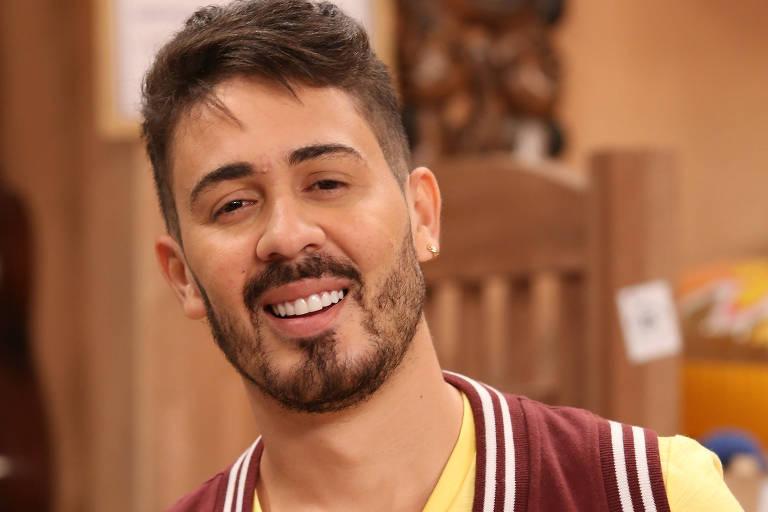 """Carlinhos Maia interpreta Welinton em """"Os Roni"""""""