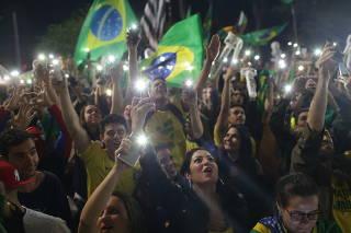 Apoiadores de Jair Bolsonaro durante manifestação na avenida Paulista, em São Paulo