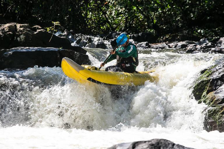 Rafting no rio Jacaré-Pepira