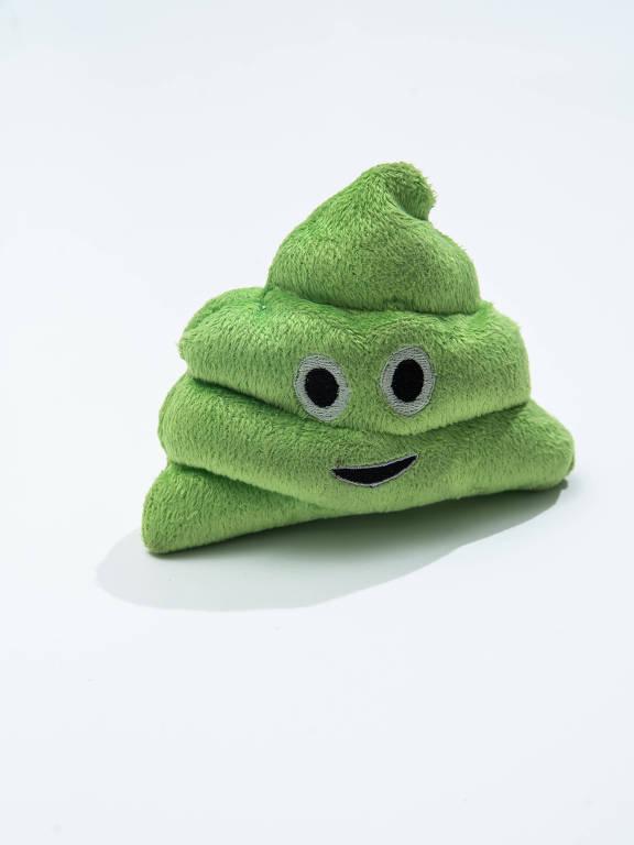 cocô de pelúcia verde