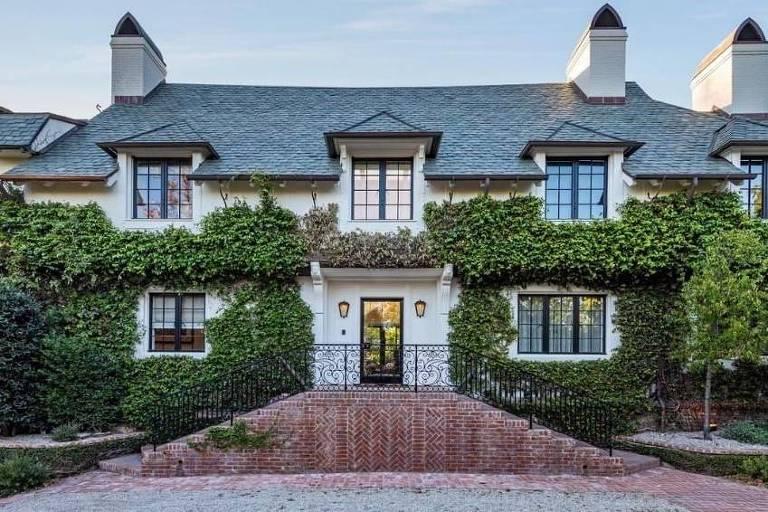 Ellen Degeneres compra mansão de Adam Levine em Beverly Hills, Califórnia