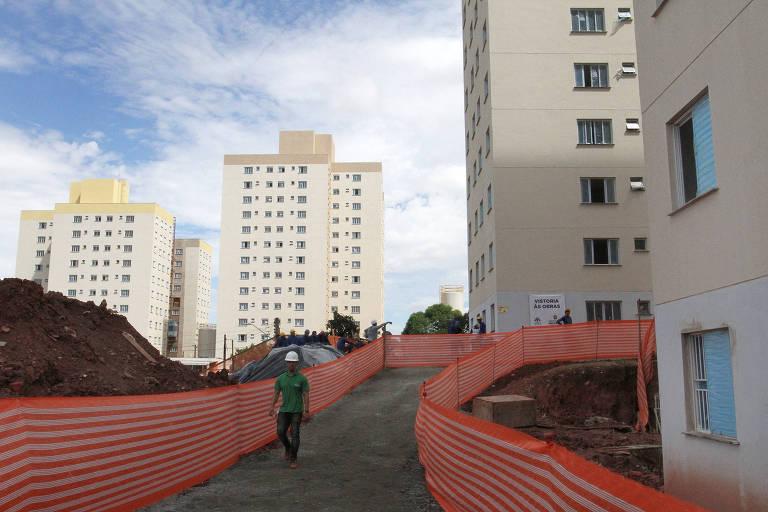 Obras do conjunto habitacional Chafariz de Pedra, em São Mateus, na zona leste. O empreendimento beneficiará 768 famílias