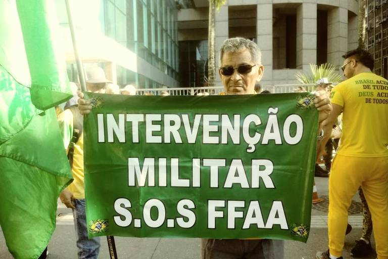 O motorista Antonio José Alves de Souza, 60, em São Paulo (SP)