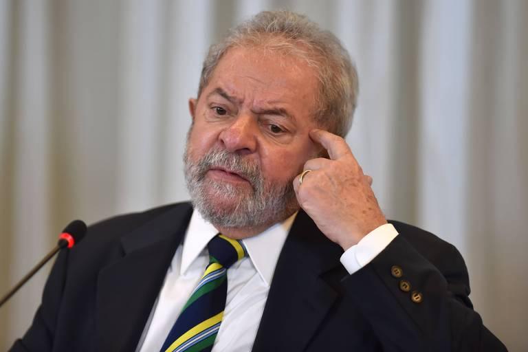 O ex-presidente Lula durante coletiva de imprensa em São Paulo