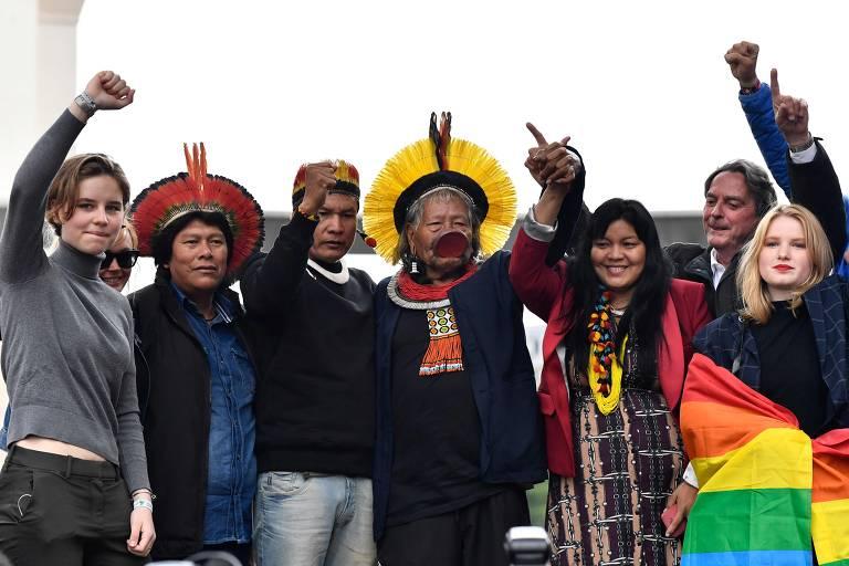 Líder indígena Raoni faz tour pela Europa