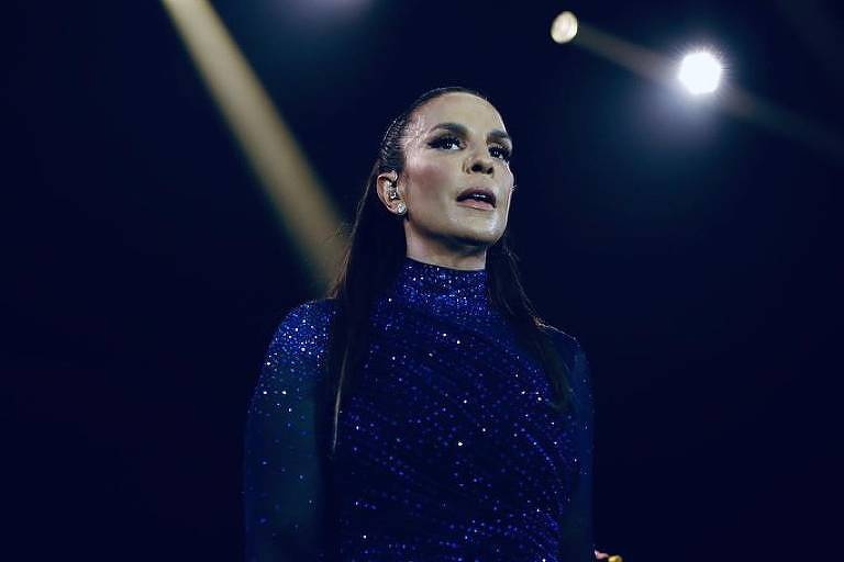 Ivete Sangalo comenta morte de cantor do hit Jenifer